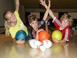 Leuke familie uitjes bowlen