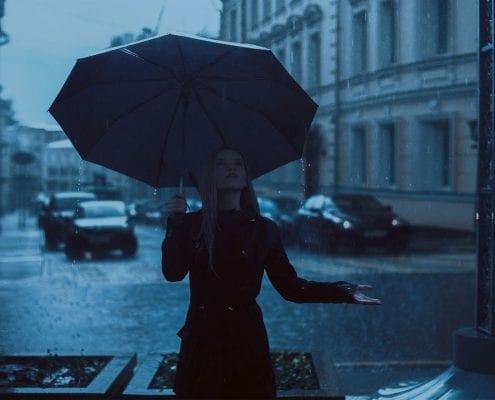 Uitjes met regenachtig weer